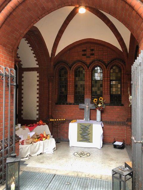 Erntedank in der Offenen Kapelle der St. Andreas Kirche in Hamburg